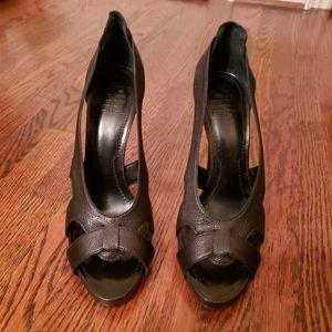 Designer Givenchy cut out pump shoes